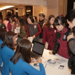2000 người chen chân tới triển lãm thẩm mỹ Hàn Quốc