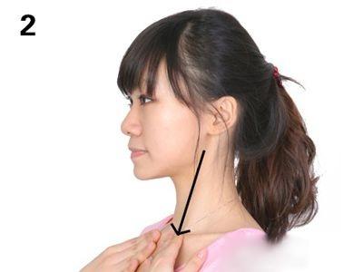 Học cách massage mặt giúp gương mặt thon gọn