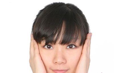Học cách massage giúp gương mặt thon gọn tự nhiên động tác 5