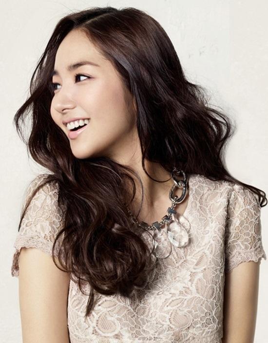Câu chuyện Gọt mặt v line của cô nàng DJ tại Bệnh viện Thẩm mỹ Kangnam