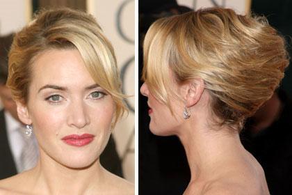 Nâng tóc lên đỉnh giúp mặt bạn dài hơn